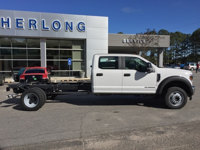 2019 Ford F-450 Crew Cab DRW 4x4, Cab Chassis #T6136 - photo 11