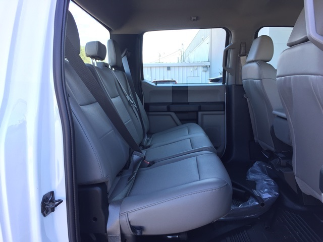 2019 Ford F-450 Crew Cab DRW 4x4, Cab Chassis #T6136 - photo 19