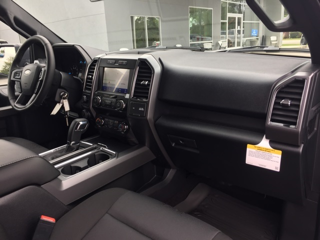 2020 Ford F-150 SuperCrew Cab 4x2, Pickup #T6238 - photo 27