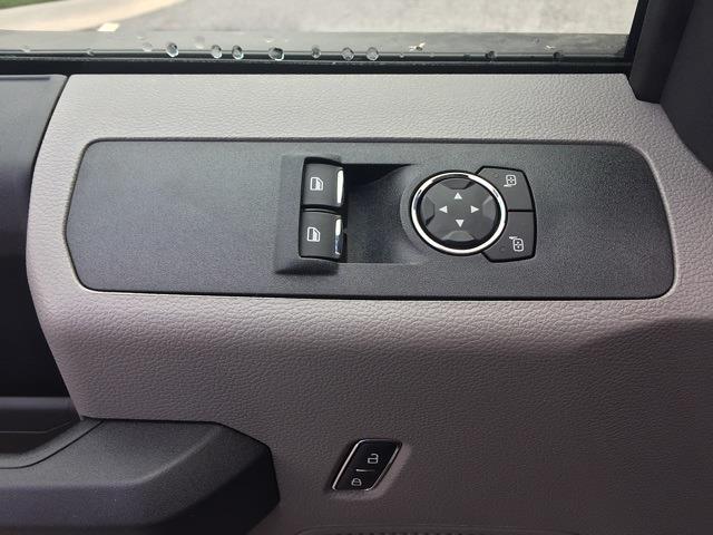 2020 Ford F-550 Regular Cab DRW 4x4, Knapheide Concrete Concrete Body #T6273 - photo 20