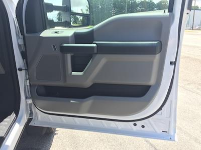 2020 Ford F-550 Regular Cab DRW 4x4, Knapheide Concrete Concrete Body #T6273 - photo 25