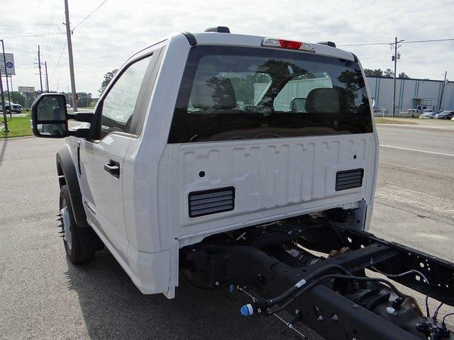 2020 Ford F-550 Regular Cab DRW 4x2, Knapheide PGND Gooseneck Platform Body #T6275 - photo 17