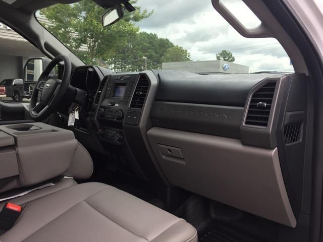 2020 Ford F-550 Regular Cab DRW 4x2, Knapheide PGND Gooseneck Platform Body #T6275 - photo 23