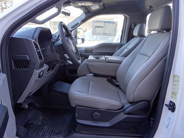 2020 Ford F-550 Regular Cab DRW 4x2, Knapheide PGND Gooseneck Platform Body #T6275 - photo 9