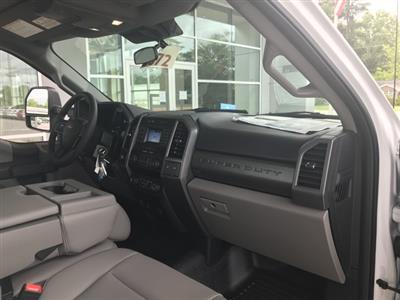 2020 Ford F-550 Regular Cab DRW 4x4, Knapheide PGND Gooseneck Platform Body #T6281 - photo 17