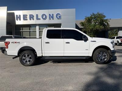 2015 Ford F-150 SuperCrew Cab 4x4, Pickup #T62991 - photo 10