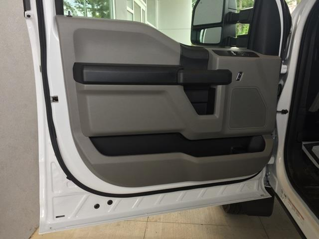 2020 Ford F-550 Regular Cab DRW 4x2, Platform Body #T6321 - photo 16