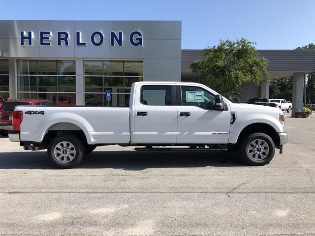 2020 Ford F-250 Crew Cab 4x4, Pickup #T6404 - photo 10