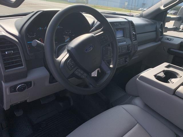 2020 Ford F-350 Crew Cab DRW 4x4, Concrete Body #T6428 - photo 20