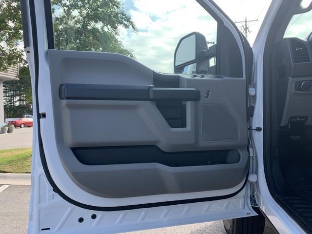 2020 Ford F-350 Crew Cab DRW 4x4, Concrete Body #T6428 - photo 28