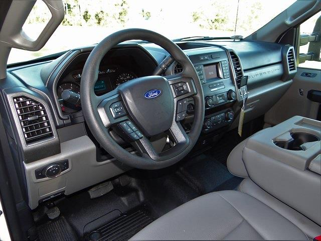 2020 Ford F-550 Crew Cab DRW 4x2, Knapheide PGNB Gooseneck Platform Body #T6457 - photo 11