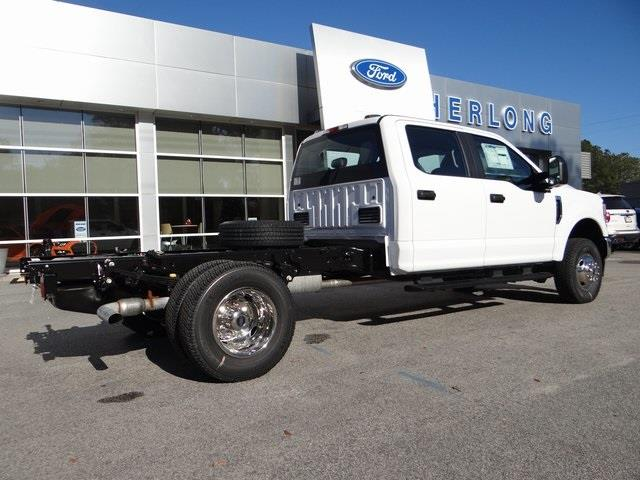 2021 Ford F-350 Crew Cab DRW 4x4, Cab Chassis #T6485 - photo 1