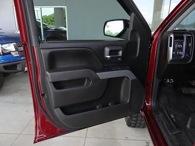 2017 Chevrolet Silverado 1500 Crew Cab 4x4, Pickup #T64873 - photo 30