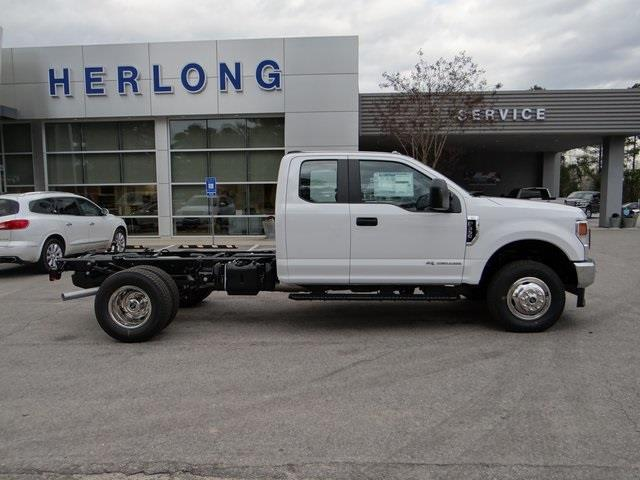 2021 Ford F-350 Super Cab DRW 4x4, Cab Chassis #T6499 - photo 9