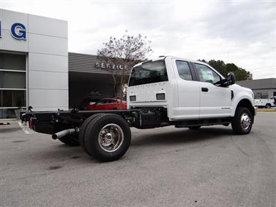2021 Ford F-350 Super Cab DRW 4x4, Cab Chassis #T6499 - photo 2