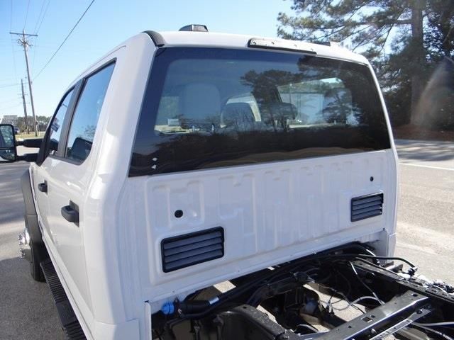 2021 Ford F-550 Crew Cab DRW 4x4, Cab Chassis #T6504 - photo 12