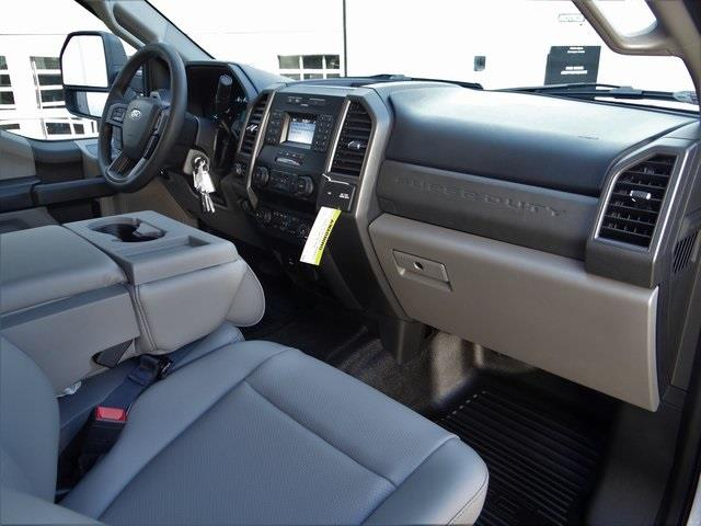 2021 Ford F-550 Crew Cab DRW 4x4, Cab Chassis #T6504 - photo 21