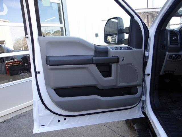 2021 Ford F-550 Crew Cab DRW 4x4, Cab Chassis #T6504 - photo 25