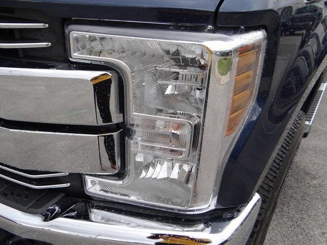 2019 Ford F-250 Crew Cab 4x4, Pickup #T65201 - photo 17