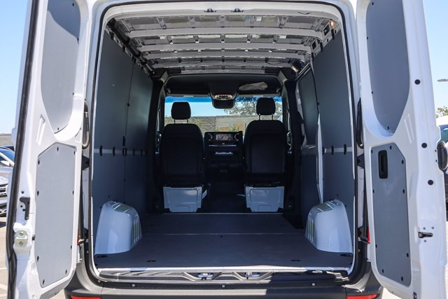2020 Mercedes-Benz Sprinter 2500 Standard Roof 4x4, Empty Cargo Van #S1280 - photo 1