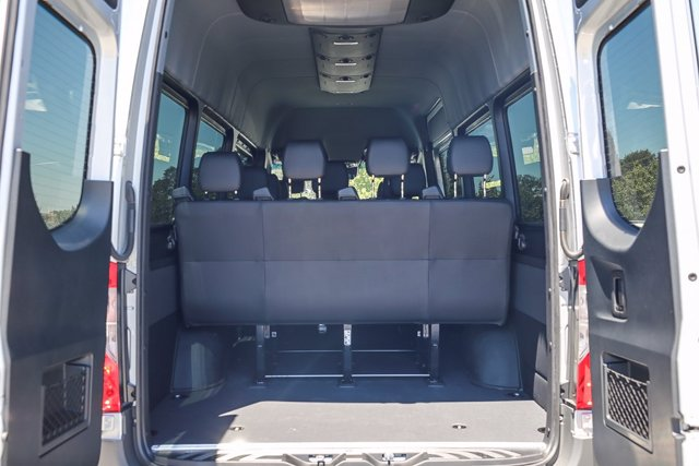 2020 Mercedes-Benz Sprinter 2500 High Roof 4x2, Passenger Wagon #S1313 - photo 26