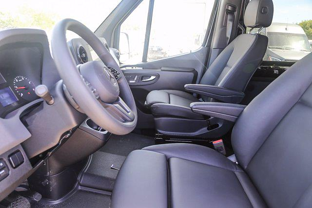 2020 Mercedes-Benz Sprinter 2500 High Roof 4x2, Passenger Wagon #S1414 - photo 4