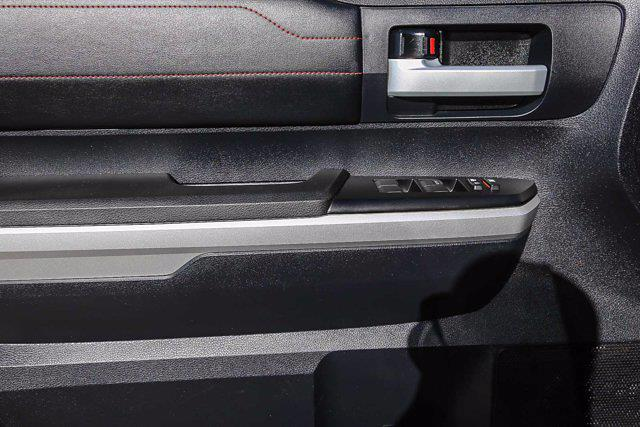 2015 Toyota Tundra Crew Cab 4x4, Pickup #U14204 - photo 12