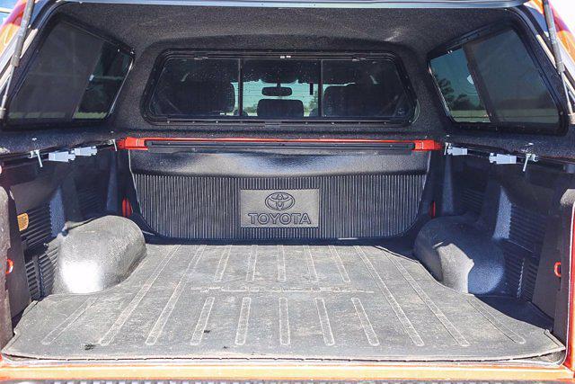 2015 Toyota Tundra Crew Cab 4x4, Pickup #U14204 - photo 22