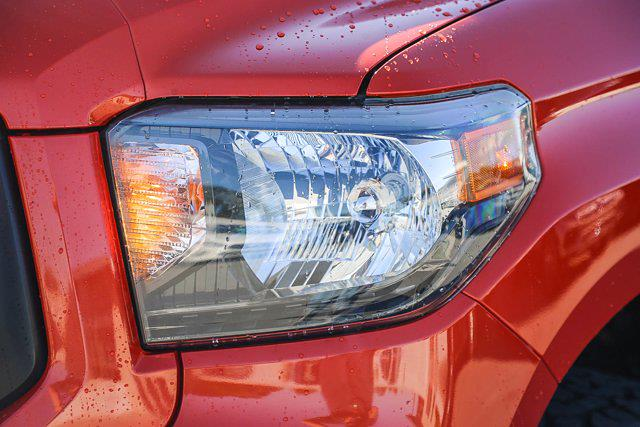 2015 Toyota Tundra Crew Cab 4x4, Pickup #U14204 - photo 17