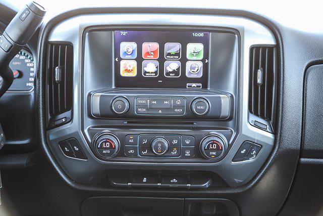 2017 Chevrolet Silverado 1500 Crew Cab 4x4, Pickup #U16378 - photo 17