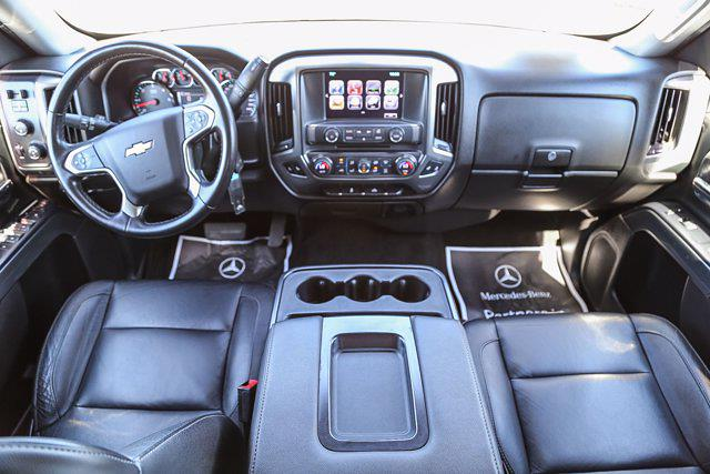 2017 Chevrolet Silverado 1500 Crew Cab 4x4, Pickup #U16378 - photo 4