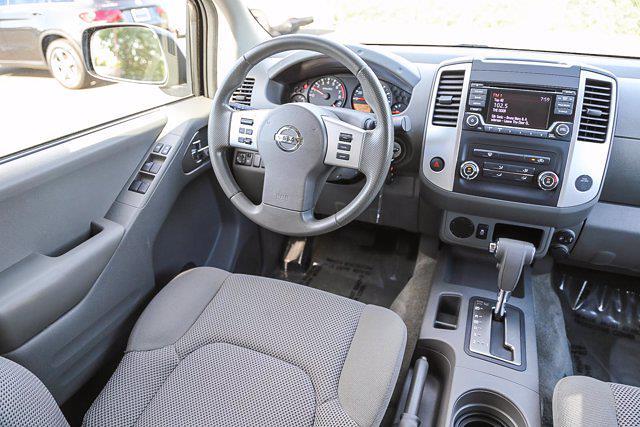 2018 Nissan Frontier Crew Cab 4x2, Pickup #B16016 - photo 24