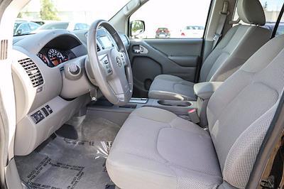 2018 Nissan Frontier Crew Cab 4x2, Pickup #B16016 - photo 7