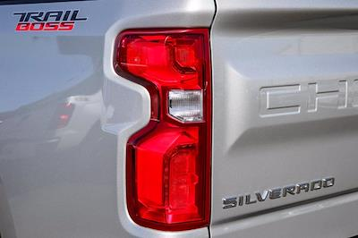 2019 Chevrolet Silverado 1500 Crew Cab 4x4, Pickup #B15847 - photo 17