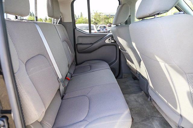 2018 Nissan Frontier Crew Cab 4x2, Pickup #B16016 - photo 3