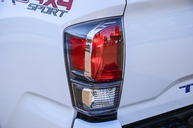 2021 Toyota Tacoma 4x4, Pickup #B16236 - photo 18