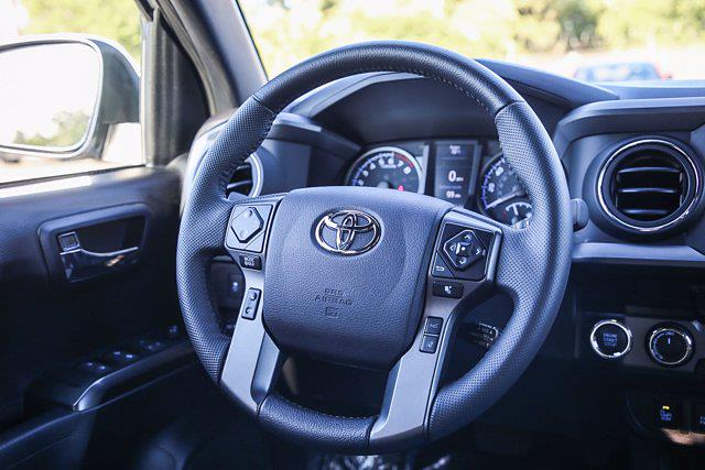 2021 Toyota Tacoma 4x4, Pickup #B16236 - photo 25
