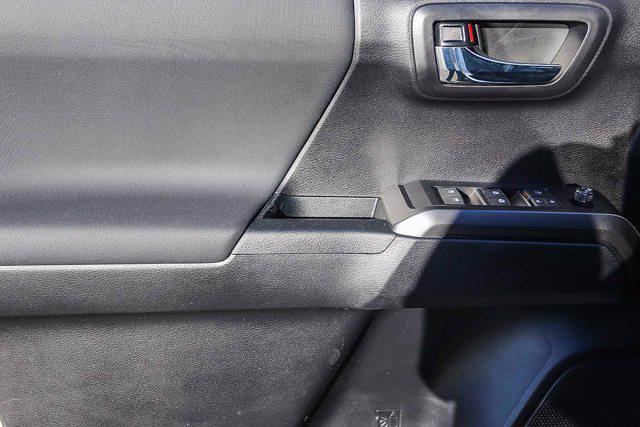 2021 Toyota Tacoma 4x4, Pickup #B16236 - photo 11