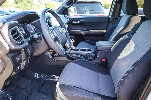 2021 Toyota Tacoma 4x4, Pickup #B16236 - photo 7