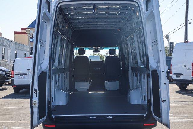 2020 Mercedes-Benz Sprinter 2500 High Roof 4x2, Empty Cargo Van #SP2180 - photo 2