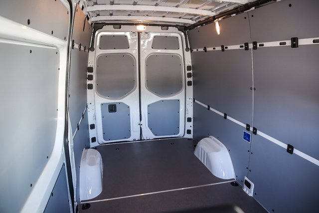 2020 Mercedes-Benz Sprinter 2500 Standard Roof RWD, Empty Cargo Van #SP2205 - photo 2