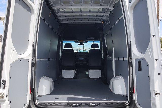 2020 Mercedes-Benz Sprinter 2500 Standard Roof RWD, Empty Cargo Van #SP2211 - photo 2