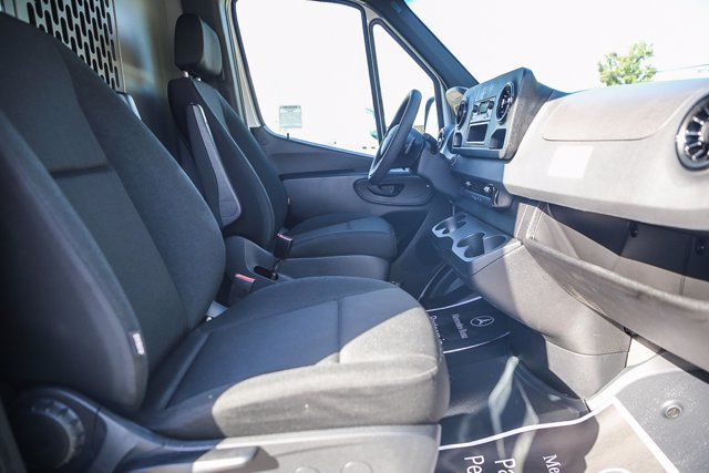 2020 Mercedes-Benz Sprinter 2500 Standard Roof 4x2, Kargo Master Upfitted Cargo Van #SP2247 - photo 6