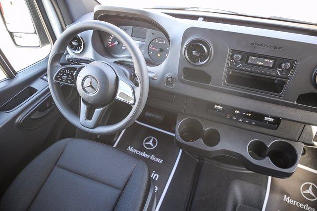 2020 Mercedes-Benz Sprinter 2500 Standard Roof RWD, Empty Cargo Van #SP2247 - photo 4
