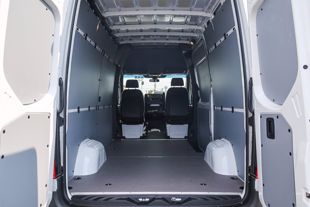 2020 Mercedes-Benz Sprinter 2500 Standard Roof RWD, Empty Cargo Van #SP2267 - photo 2