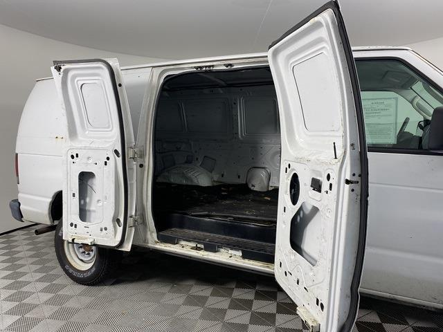 2004 Ford E-250 4x2, Empty Cargo Van #B30841 - photo 1
