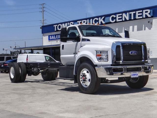 2022 Ford F-750 Regular Cab DRW 4x2, Cab Chassis #FF00644 - photo 1