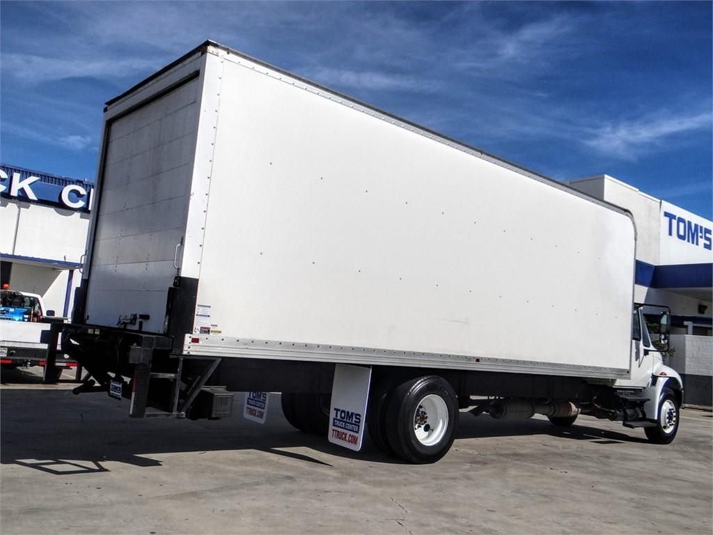 2016 International DuraStar 4300 4x2, Dry Freight #U379706 - photo 1