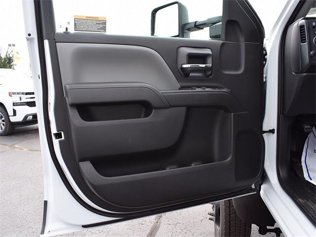 2021 Silverado 6500 Crew Cab DRW 4x4,  Monroe Truck Equipment MTE-Zee Dump Body #CT06955 - photo 34