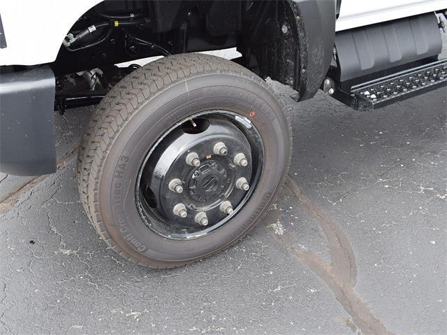 2021 Silverado 6500 Crew Cab DRW 4x4,  Monroe Truck Equipment MTE-Zee Dump Body #CT06955 - photo 10